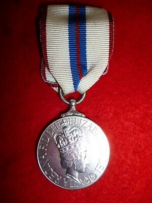 Canadian Official Silver Jubilee Medal, Queen Elizabeth 2nd - Canada Silver