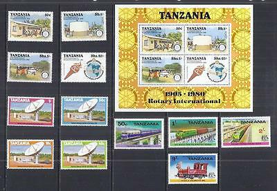 y485 Tanzania /  A Small Collection Early & Modern Umm