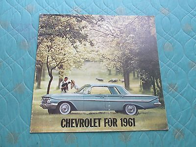 1010x  1961 Chevrolet sales catalog brochure (best version) showing full line