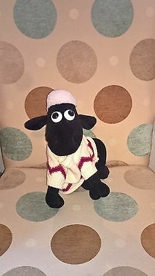 Shaun the Sheep of Wallace + Gromit soft toy