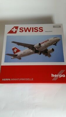 Herpa 558020 - 1/200 Airbus A319 Mont Racine - Swiss International Air Lines