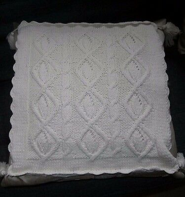 "VINTAGE STYLE HAND KNITTED WHITE COTTON  CUSHION COVER ~ 14"" x 14"" with TASSELS"