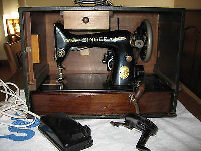 Singer 99 Sewing Machine, electric, case, accessories