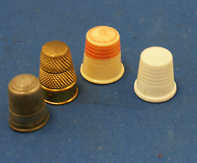 Lot of 4 old  Vintage Collectible Thimble Metal and Plastic