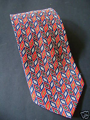 Vintage 90s Tie: Herringbone of Three Patterns