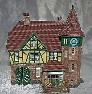 Old Town Fire / Police Station,  Vollmer, N Gauge / Scale