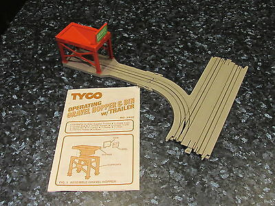 Rare Tyco Us1 Ho Scale Gravel Hopper  And Track