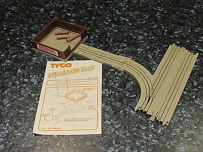 Rare Tyco Us1 Ho Scale Unloading Yard And Track