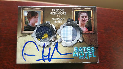 Freddie Highmore as Norman Autograph DUAL Costume Card Bates Motel S 2 Breygent