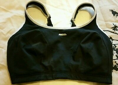 Black & white Shock Absorber sports bra, 34FF, non-wired, running, fitness