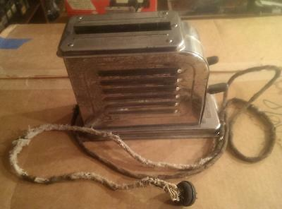 Antique Vintage Toaster Toastmaster Model 1-A-1 old art deco appliance display