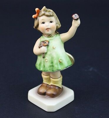 Hummel Forever Yours #793 TMK7 Girl w Flower First Issue 1996/97 Figurine NR ALB