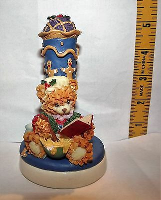 Christmas Around The World MRS BEARDSLEY COOKIE PRESS with GINGERBREAD  EUC