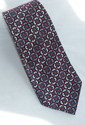 Vintage 70s Tie: Red Against Monochrome Medieval Pattern