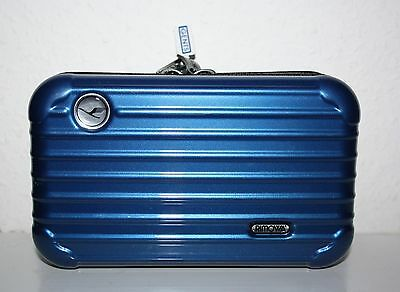 Rimowa Lufthansa First Class Amenity Kit for Gents Color   Blue