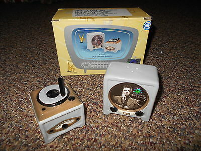 Elvis Presley salt and pepper shaker with phonograph-record player and TV Vandor