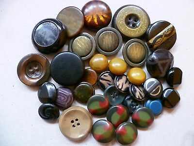 A mixed lot of Vintage Celluloid buttons