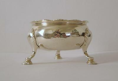 A George III Heavy Sterling Silver Salt Pot A/F London 1761 For Scrap Or Use