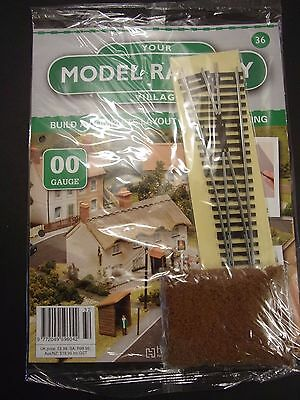 Your Model Railway Village Magazine No 36 left hand points & soil scatter
