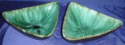RP1306 Vtg BMP Blue Mountain Pottery Triangle Shape Candy Dish x2