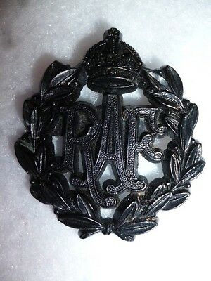 The Royal Air Force Plastic KC Cap Badge - WW2 economy issue, RAF