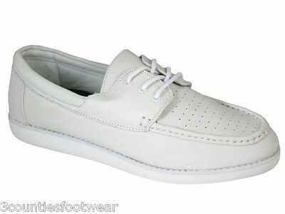 Lawn Bowl Shoes White Laced Superb Quality Leather Bowl Shoes