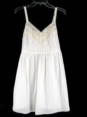 VICTORIAS SECRET Country White Cotton Lace & Embroidered Night Gown Slip Size S