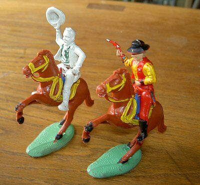 Chardens 54mm Mounted Cowboys