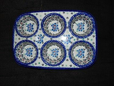 UNIKAT POLISH POTTERY 6 CUP MUFFIN BAKING DISH BLUE/ HEARTS/FLOWERS~handmade