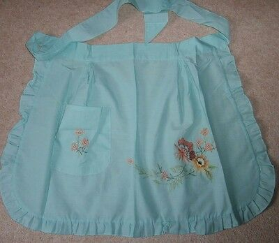 PRETTY VINTAGE STYLE MINT GREEN COTTON FRILLED EMBROIDERED HALF APRON or PINNY
