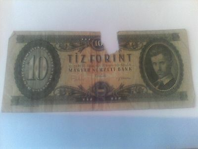 HUNGARY  10 FORINT  BANKNOTE 1962 P#168 torn