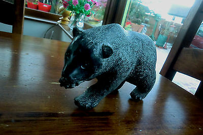 Wolf Edmund Canada Grizzly Bear Sculpture Carved Collectable Soapstone Marble