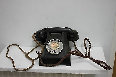 Old Black  Bakelite Phone for parts not working
