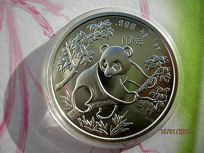 China 1992, 10 Yuan WWF Panda 1oz 999er Silber, Typ2  (Small date)