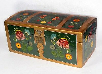 document box trunk dome top wood pine paint decorated antique original 1800