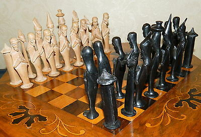 Rare And Unusual Carved Wooden Full Set Of African Style Chess Pieces