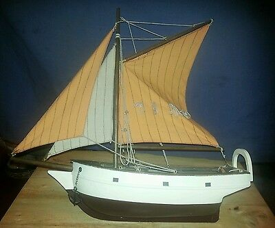Model Wooden Yacht Sloop Boston Spray Sailing Ship Wooden Boat