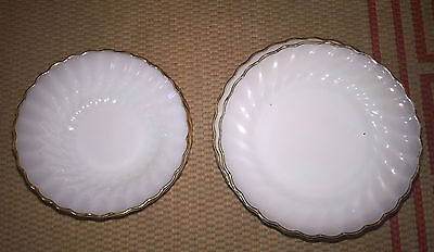 Set Of Anchor Hocking Opalescent Bowls X 4 And 9 Plates With Gilt Edge