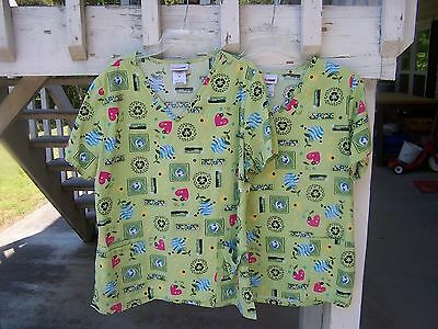 Scrubs 2 M Ladies Tops Multi-Color Save Earth & Environmental Recycling Pattern
