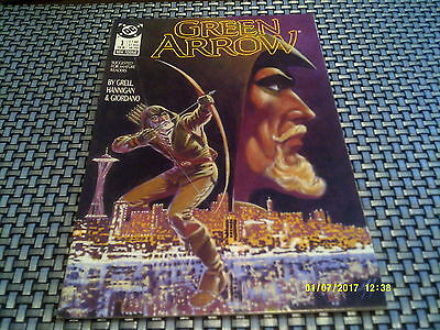 GREEN ARROW #1 1988 Mike Grell  NM 9.2