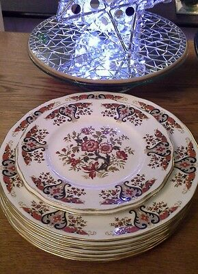 Colclough royale x6 dinner plates and X2 salad plates