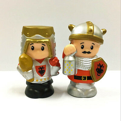 Rare 2pcs Fisher Price Little People Knights Castle Kings Knight Figure Boy Toy