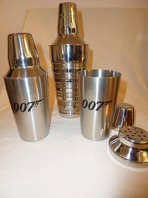 """A Stunning & Fantastic """" 007 Cocktail Shakers X 2 And 1 X Large One"""
