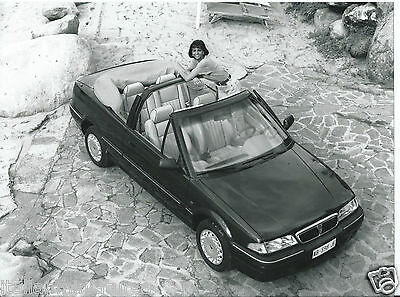 Rover 214 SE Cabriolet original Italian Press Photograph Girl on the Front Seat