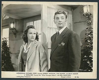Betrayed '48 ROBERT MITCHUM KIM HUNTER When Strangers Marry