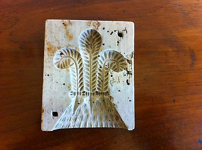 ANTIQUE CARVED SYCAMORE BUTTER STAMP a/f 4.3 by 3.5 inches