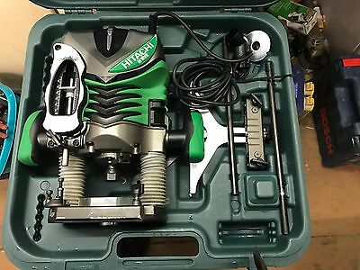Hitachi M12-V2 Router,240 Volt Router,,1/2 Inch Collet,,wood Work Tool