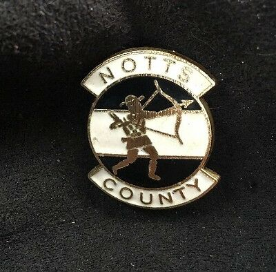 RARE NOTTS COUNTY FC Football Club Vintage Pin badge Maker COFFER LONDON