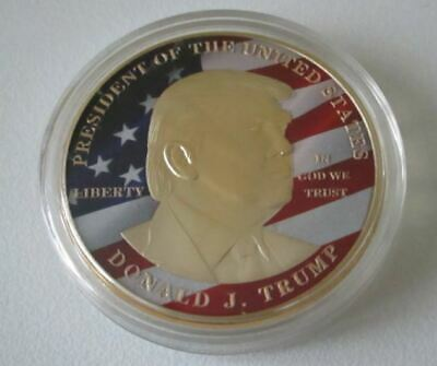 1 Piece Medaille Donald J. Trump - Make America Great Again - Finition Or