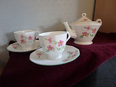 Tuscan English Bone China Stunning Five Piece Tea Set With A Green Trim
